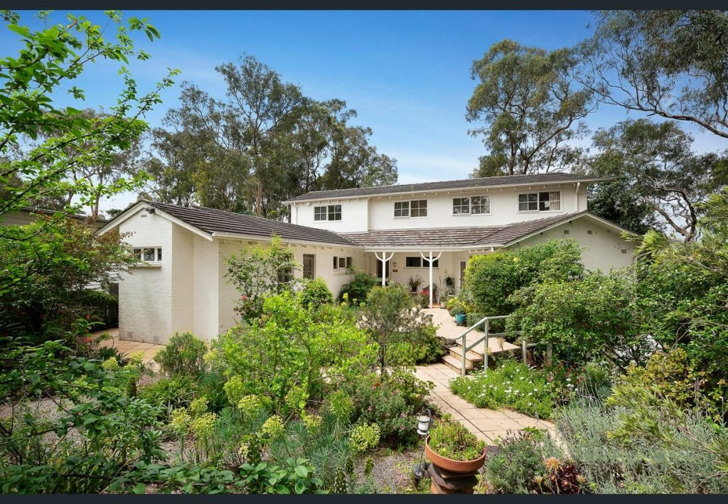 Wendy Chamberlain Buyers Agent secures another property for a happy client
