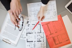 A real estate expert advises home buyers
